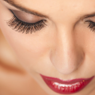 Get Premium Eyelashes for $40.00