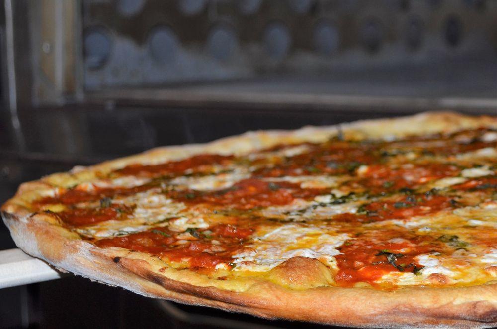 Nolita Pizza